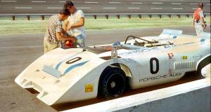 0 jo Porsche PA